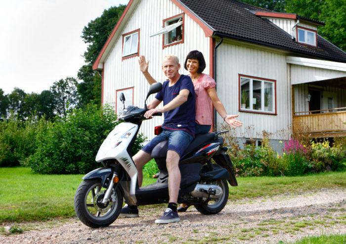 Lennart och Nina njuter av livet och hoppas på att slippa fler dramatiska färder till sjukhuset.