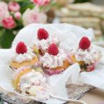 Minicupcakes med citron och hallon