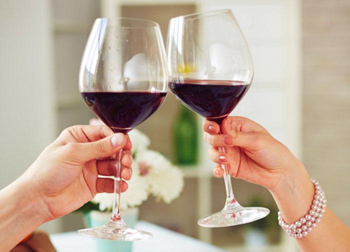 hur många kalorier innehåller vin