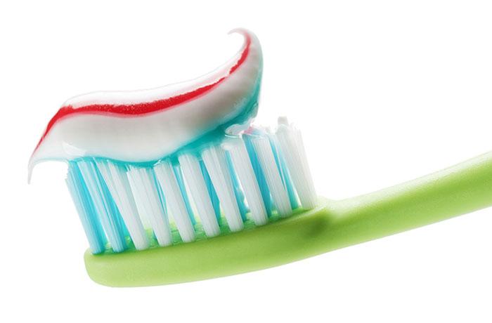 städa med tandkräm