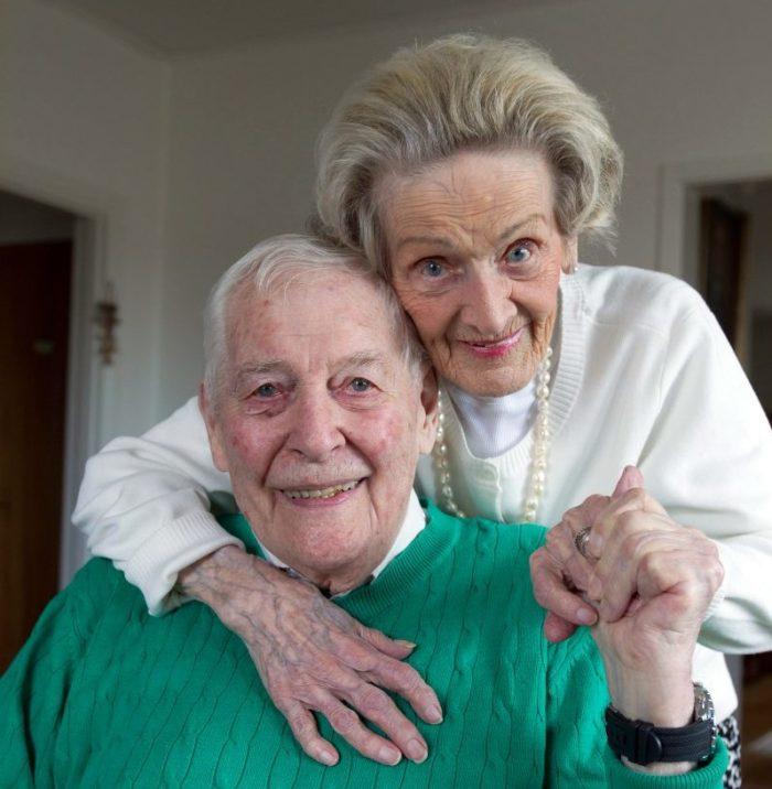 May och Lars-Erik Olsson träffades för 75 år sedan.