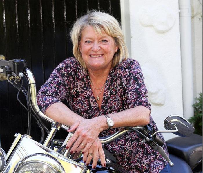 Lena-Anfrehn-motocykel