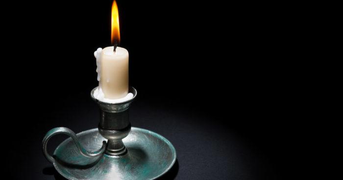 Så får du stearinljuset att passa i ljusstaken