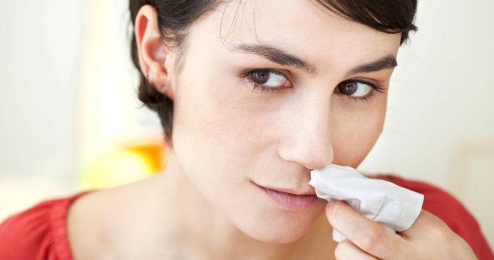 hur stoppar man näsblod