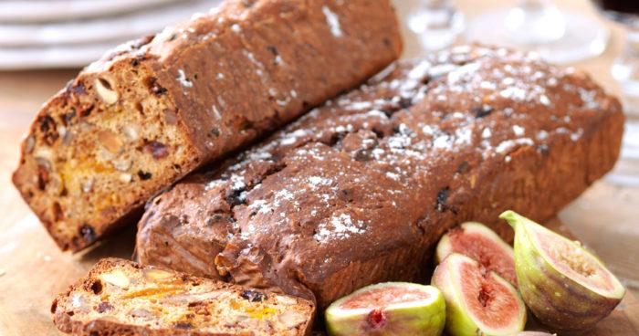 Filmjölksbröd med nötter och torkad frukt recept