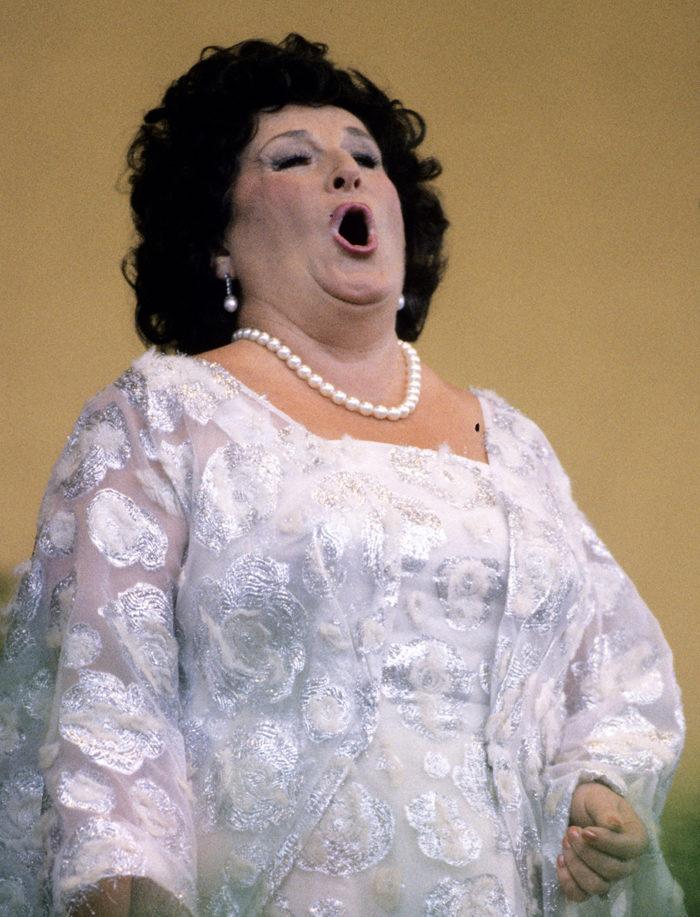 Birgit Nilsson gav konsert på Gröna Lund samma år hon fyllde 71 år.