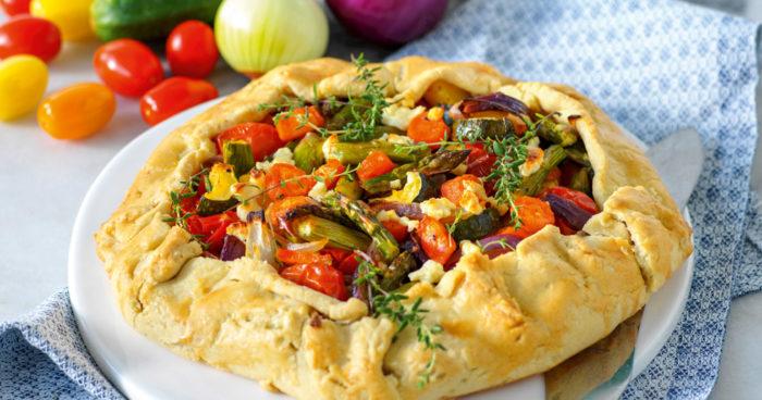 Paj med sparris, fetaost och tomat recept