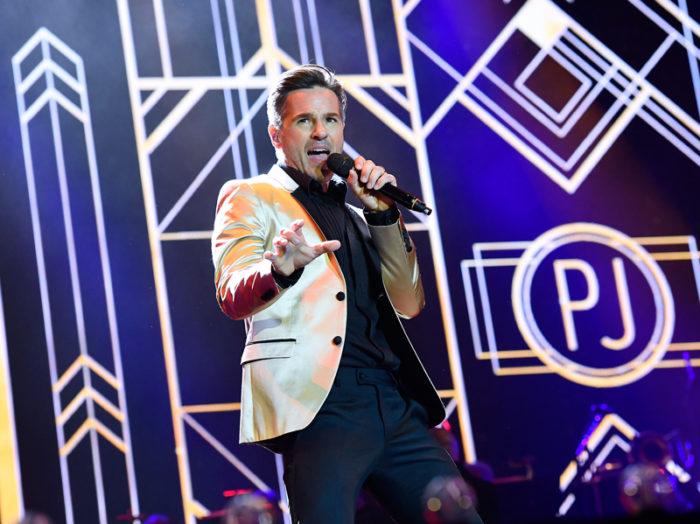 """Peter Jöback i """"I Love Musicals"""" på Ullevi i Göteborg i juni 2017."""