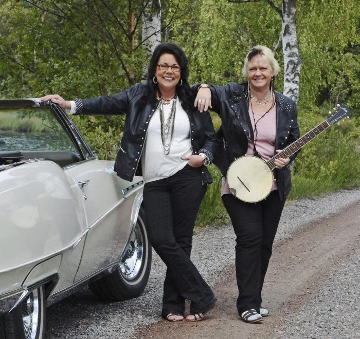 The Rollatorz: Mariana Lundgren och Diana Haraldzon