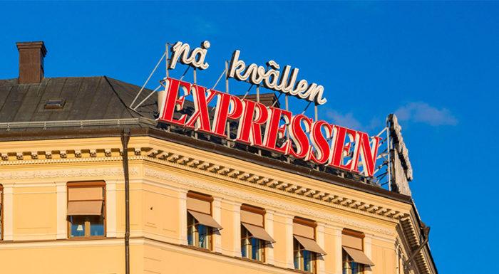 Expressens logga på toppen av deras redaktionshus.