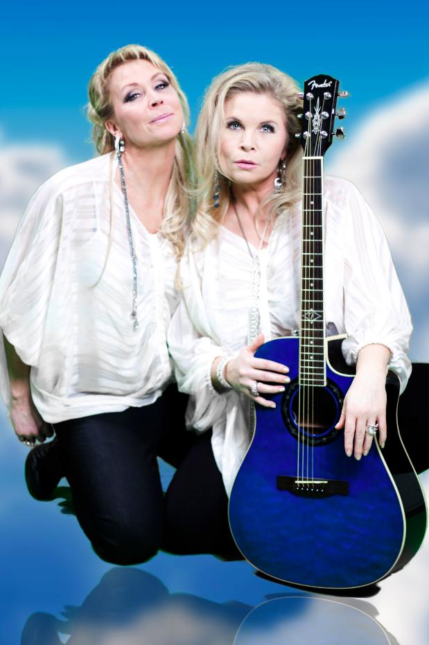 Systrarna Lili och Susie har återförenats och gör nya spelningar ihop.