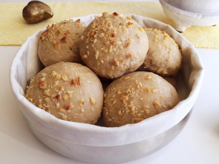 Glutenfria citronbröd med pinjenötter