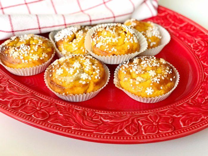 Glutenfria saffransbullar med mandelmassa
